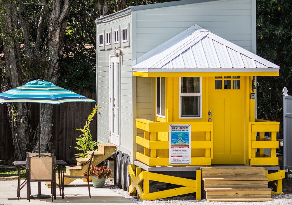 yellow-lifeguard-tiny-house-siesta-1.jpg