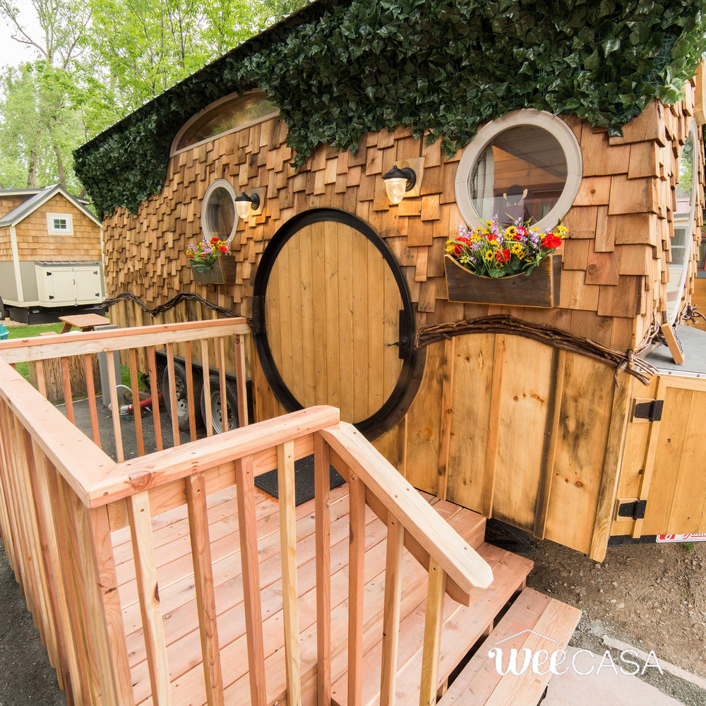 hobbit-tiny-house-4.jpg