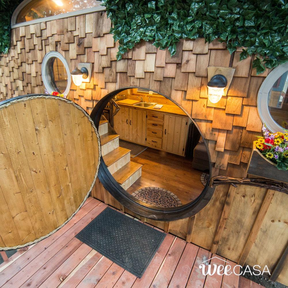 hobbit-tiny-house-18.jpg