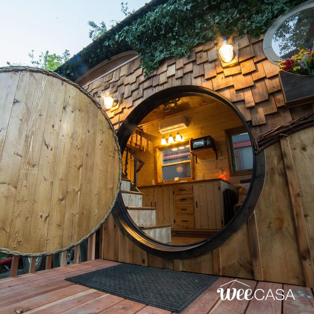 hobbit-tiny-house-19.jpg