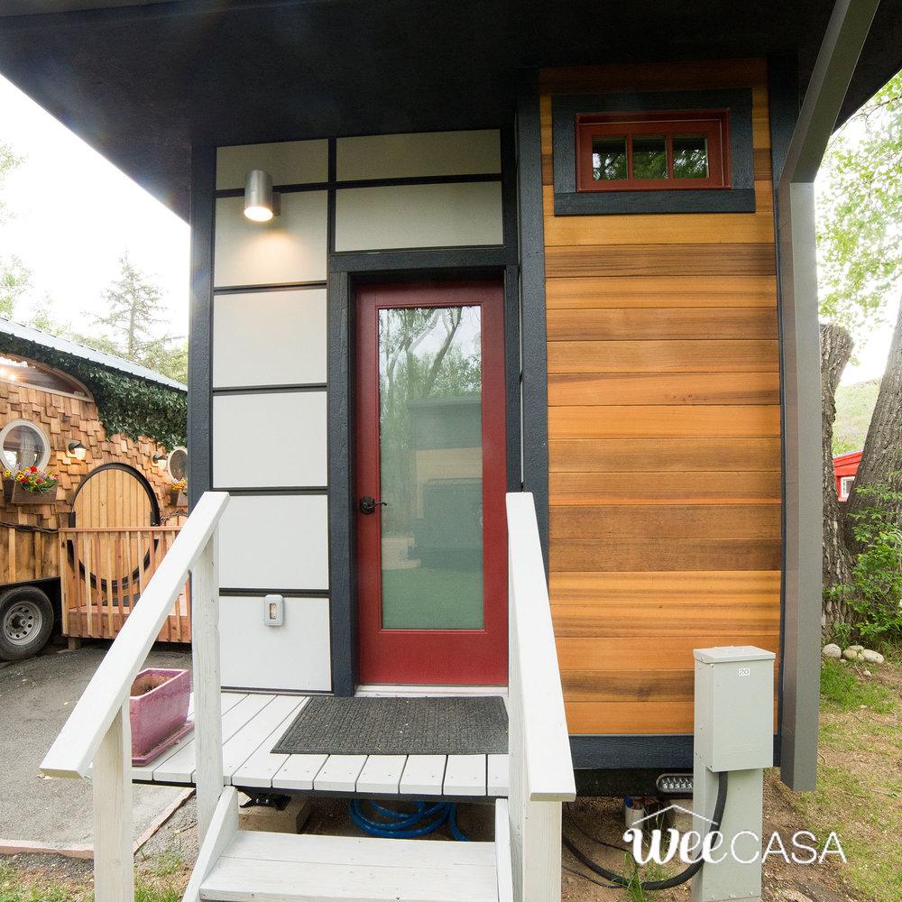 solaire-weecasa-tiny-house-3.jpg