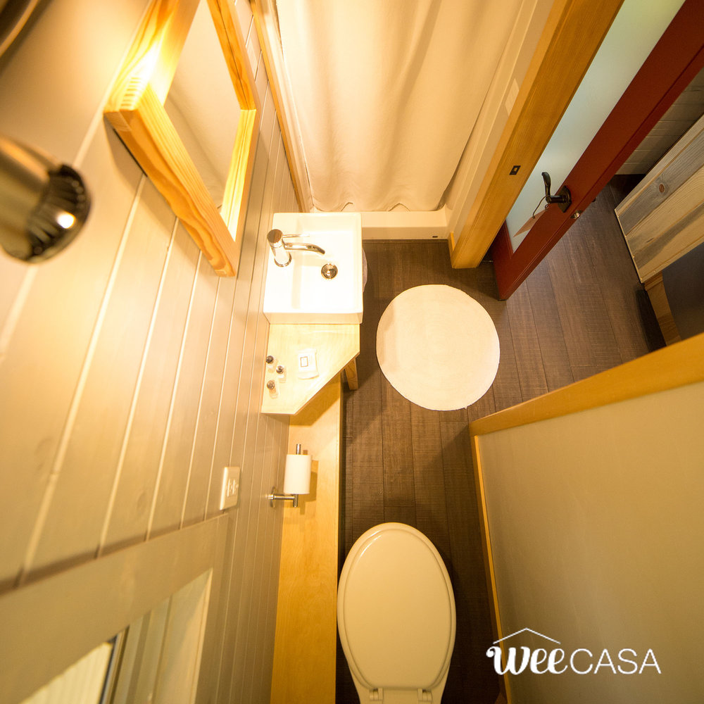 solaire-weecasa-tiny-house-12.jpg