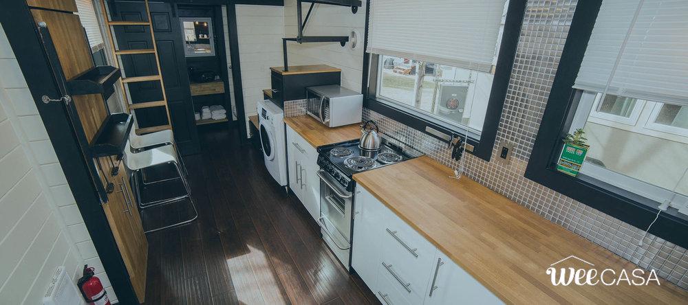 modern-tiny-house-weecasa-4.jpg