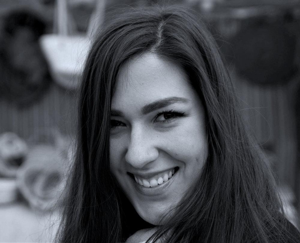Victoria Smith - USA/Spain -