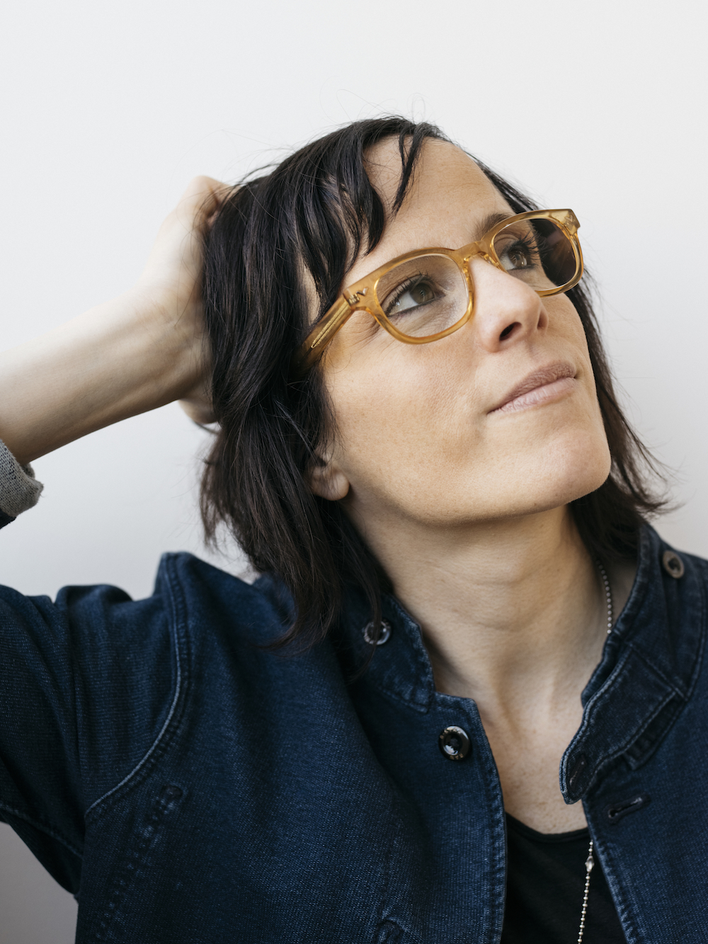 Sera Cahoone - Seattle-based singer-songwriter Sera Cahoone (formerly of Carissa's Weird and Band of Horses) creates stirring, hushed Americana music with masterfully intimate lyrics and stunning vocals.