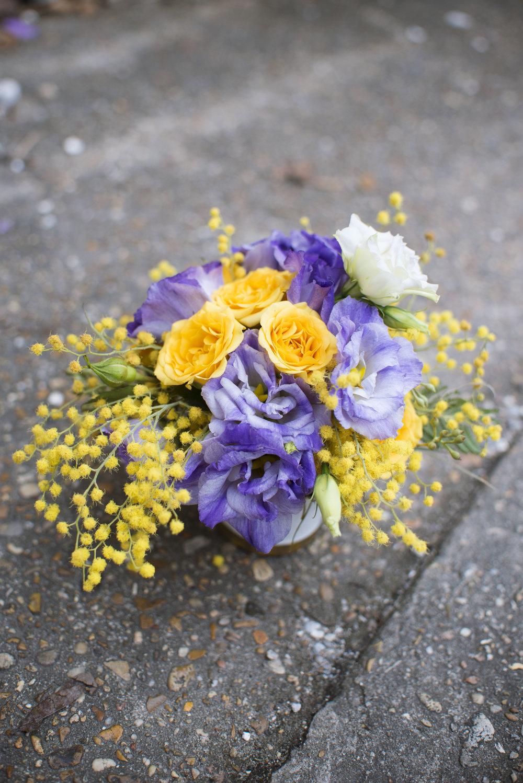 mardi gras mitchs flowers new orleans florist monique chauvin tillandsia allium organic floral design wedding flowers centerpiece 3.jpg
