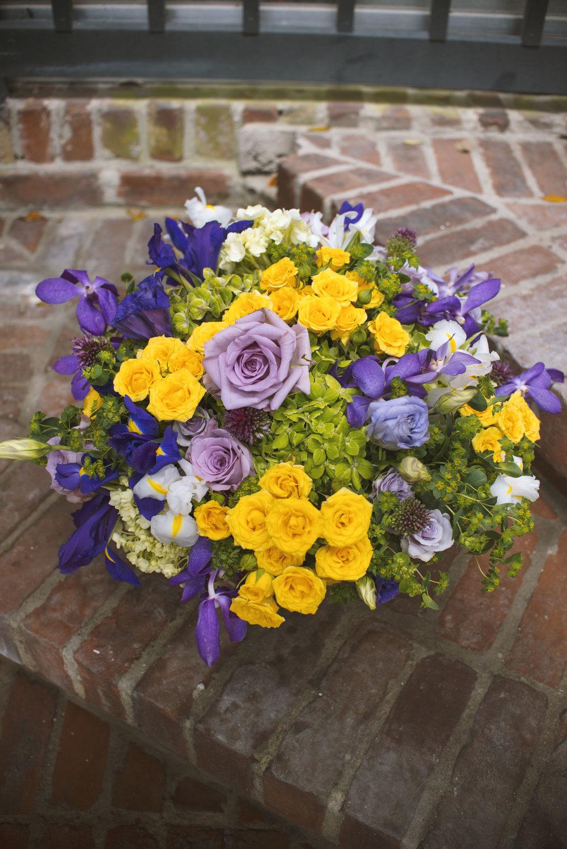 2 mardi gras mitchs flowers stephanie tarrant monique chauvin mardi gras flowers queen of comus king of rex interrorbang krewe du boheme beautiful carnivale mound flowers.jpg