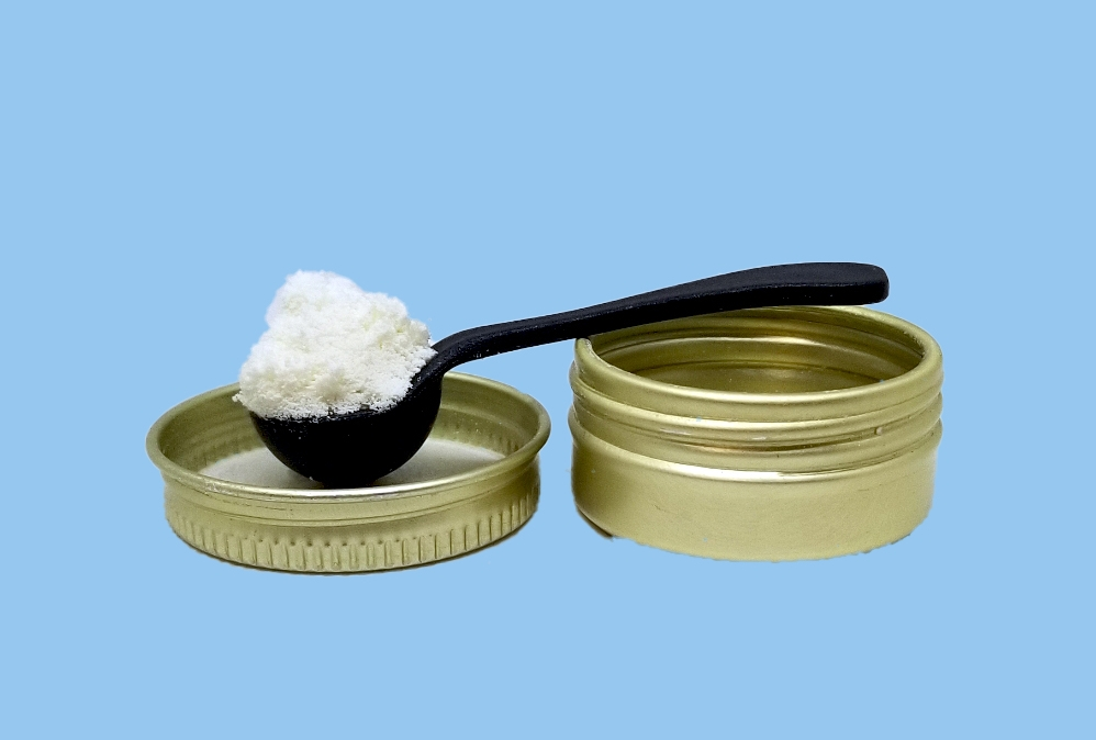 CBD powder scoop.jpg
