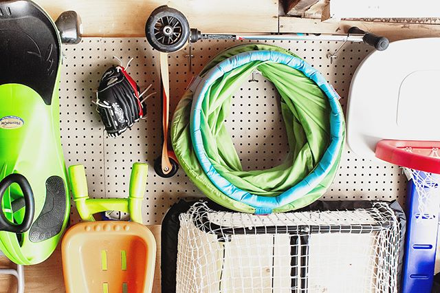 #garageorganization because we all need it. Check out my latest post (link in profile) on how to hang pegboards for a-mazing storage . . . My garage was a total disaster and not to mention hazardous for my kids. Now tools are out of reach (for those lil ones) and toys are easily accessible. #gamechanger . . #garage #pegboardorganization #outdoor #springcleaning #organizingideas #homeinspiration #diy
