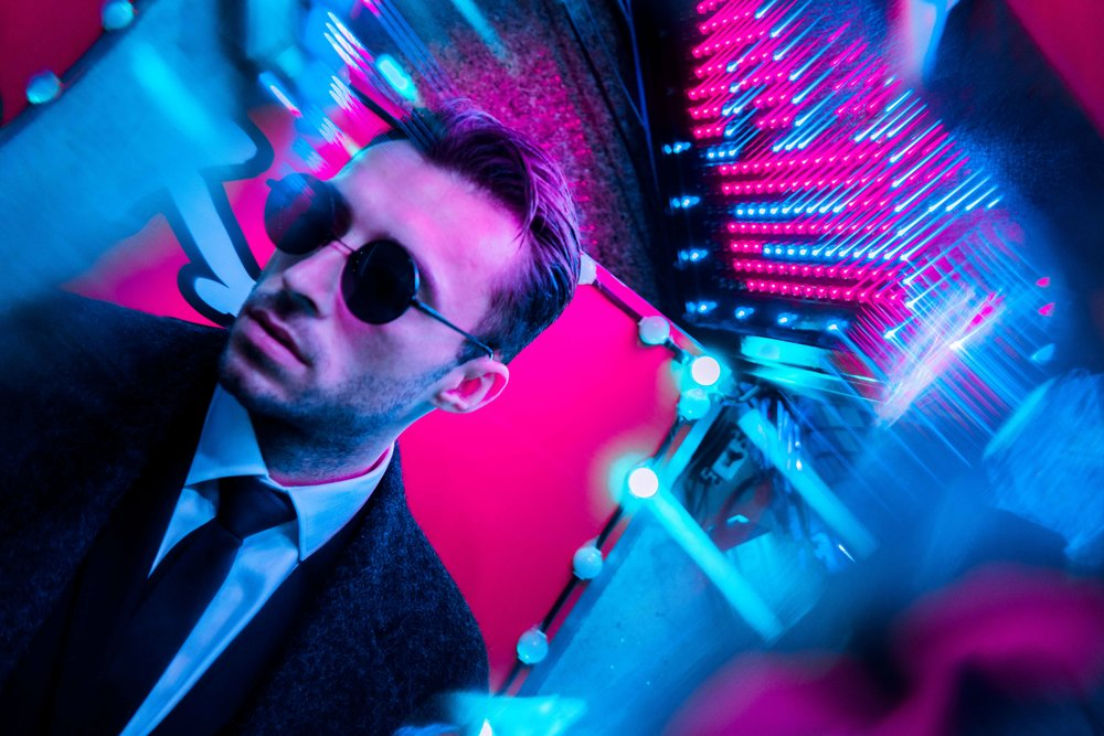 Dom_Shoot_Steve_Roe-2.jpg