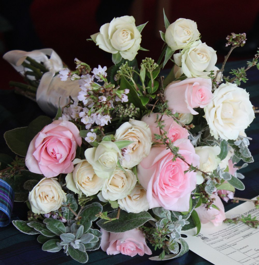 Bethany and Frasers flowers3.jpg