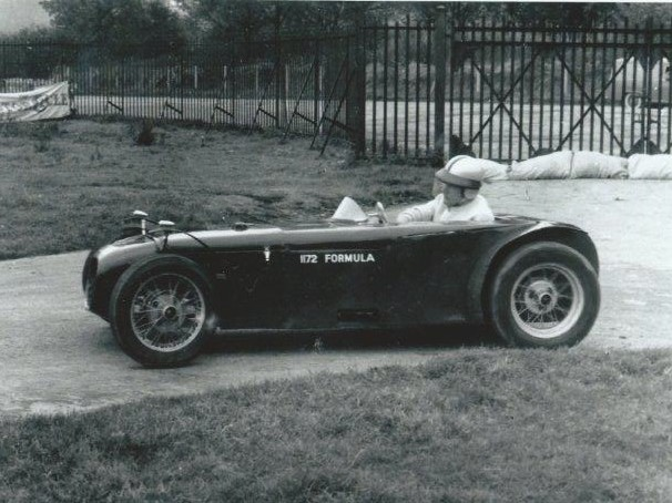 1958 U2 MK1 - The Original U2 - 1172 Formula Car: Arthur's first design to use a spaceframe chassis using the running gear and 1172cc Ford engine from WJ1515. Ford Popular front axle split at centre to create swing axle, Austin Seven rear axle with Austin ¼ elliptic leaf springs. Only one complete car produced for 1172 Formula and raced by Arthur. Two replica chassis were sold. Successes included: 1958 - Arthur Mallock, winner Ford Championship of Ireland. 1959 - Arthur Mallock 4 1172 wins.