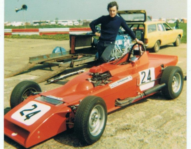 1980 MK22 - One-off Formula Ford 1600 raced by Richard and later converted to Clubmans spec once again showing the versatility for the Mallock chassis as a single seater and two seater.Successes included: 1980 - Richard Mallock - a number of wins & runner up in Earl of Chippenham FF1600 Championship. 1982 - Martin Wood, Oceanair Clubmans champion.