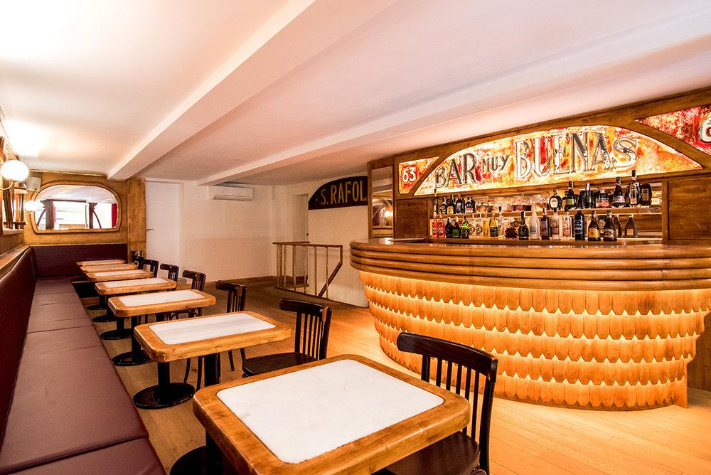 Bar muy buenas - Address: Calle del Carme 63Area: El RavalClosed until further notice!Spots: 8No pre-booking necessaryMAP