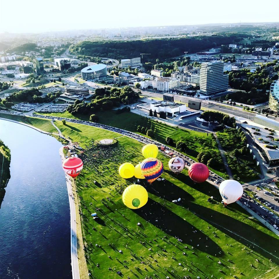 6 asmenų skrydis oro balionu