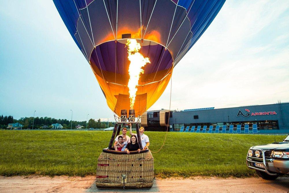 4 asmenų skrydis oro balionu