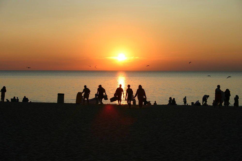 chikaming_beachSilhoutte.jpg