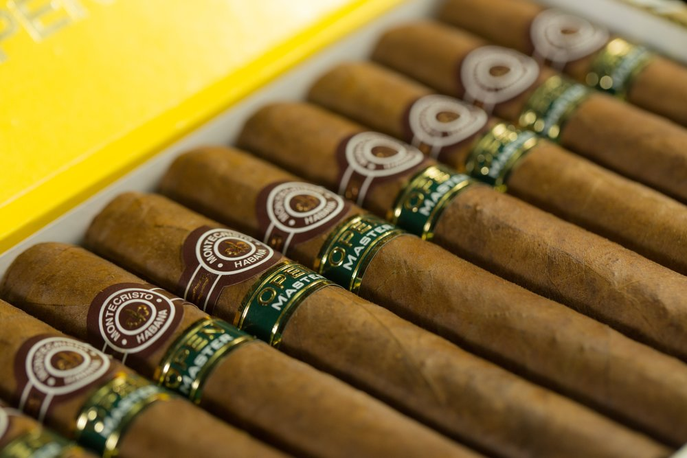 premium Cigars smoker friendly wv.jpg