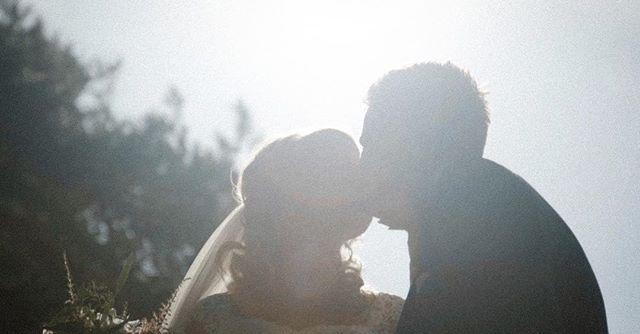 💍💐 |  Binnenkort het mooie verhaal van Carmen en Rene op www.twodayfilms.nl . . Gaan jullie binnenkort trouwen? Kijk dan op www.twodayfilms.nl voor alle trouwfilm mogelijkheden. . . . . . #weddingfilms #twoday #trouwen #wedding #love #marriage #married