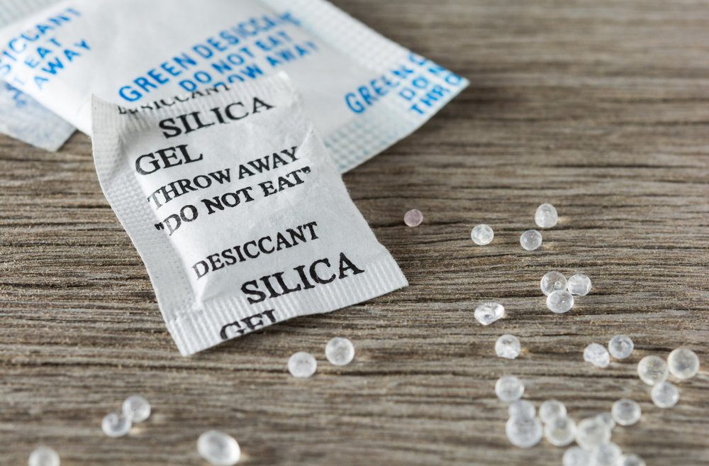 silica gel packets for pointe shoes.jpg