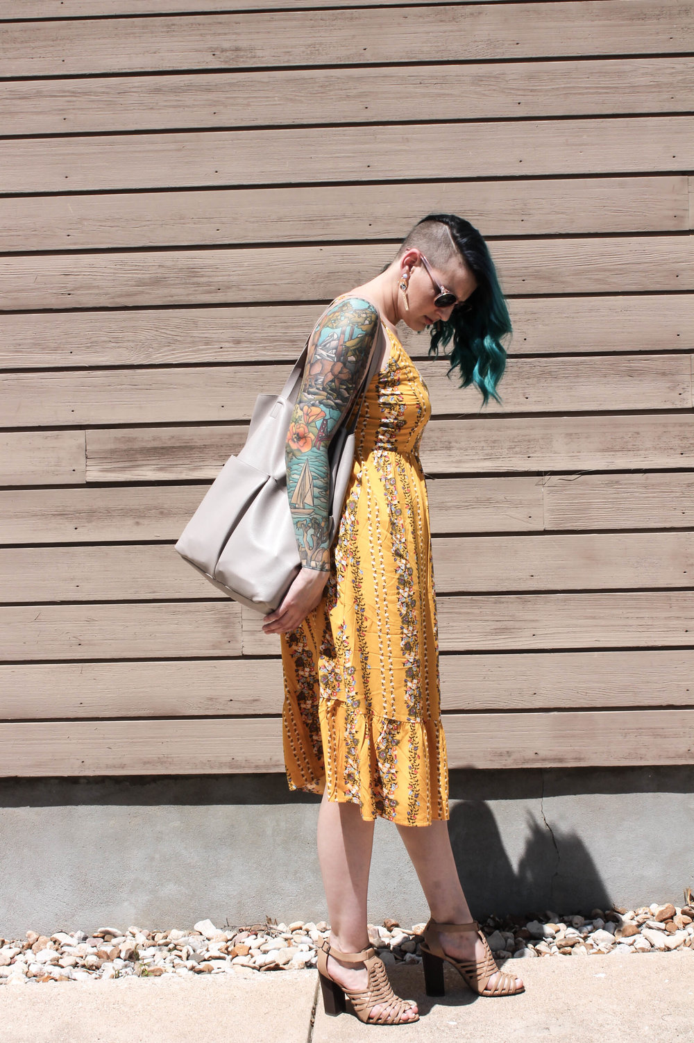 yellow floral sleeveless casual midi dress