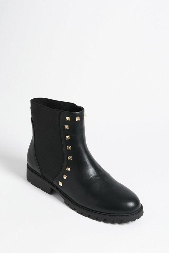 Forever 21: Studded Chelsea Boot - $38