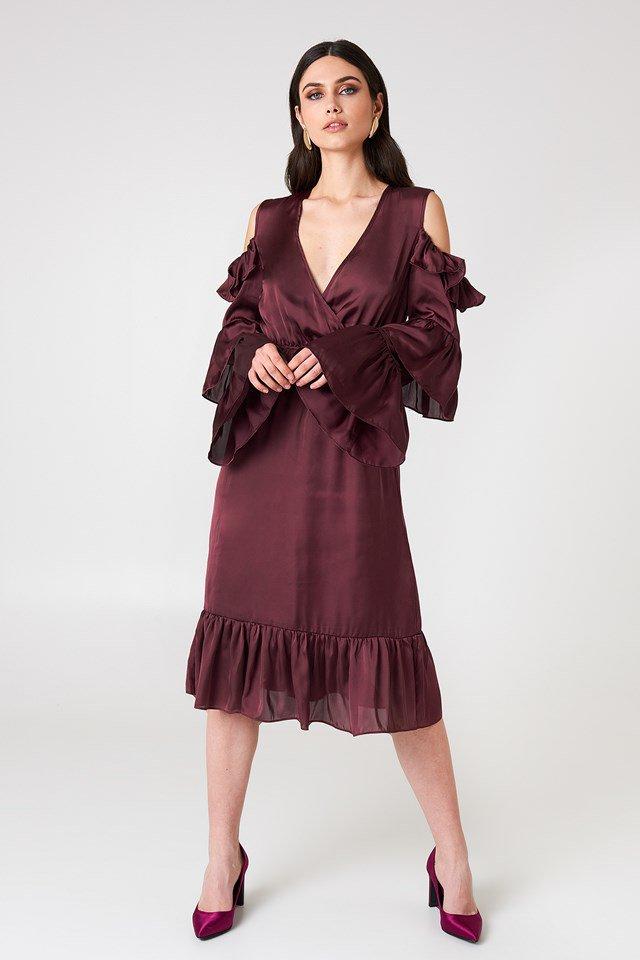 NA-KD: Cold-Shoulder Ruffle Midi Dress
