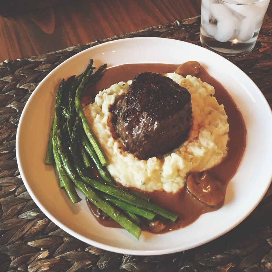 Filet Mignon ( Tenderloin ) with Mashed Potato + Mushroom Gravy