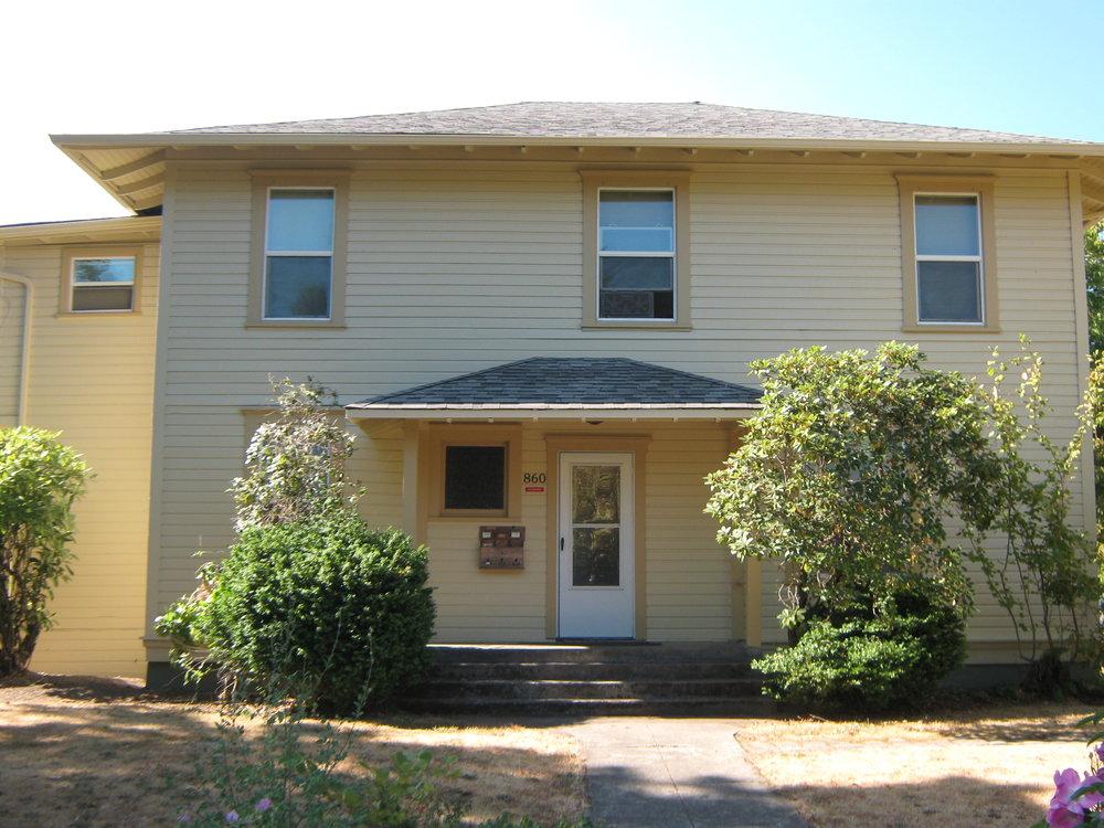 9th & Van Buren Apartment