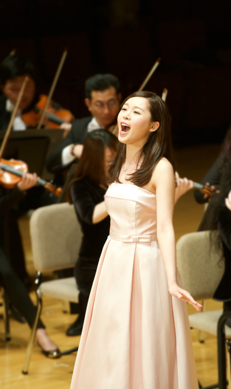 OHK Gala concert Feb 2016 - Photo credit Opera Hong Kong_1.jpg