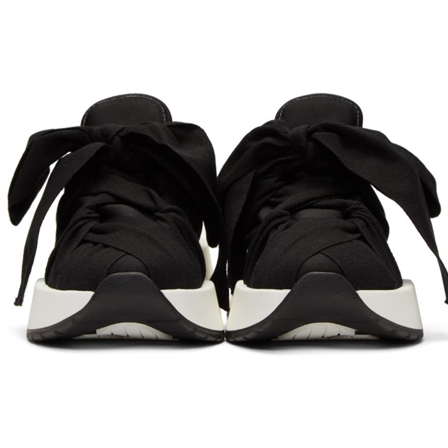 sneakers 8.png