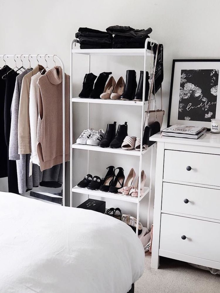 Declutter - Creating the perfect capsule wardrobe