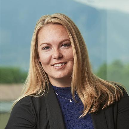 Nikki Carter-Bougeno  Directora de Operaciones  Ver Biografía