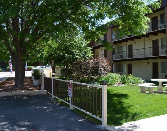 85 Scotland Road משרד ניהול Pueblo, CO 81001 ---- טלפון: (719) 543-0343 פקס: (719) 542-8630