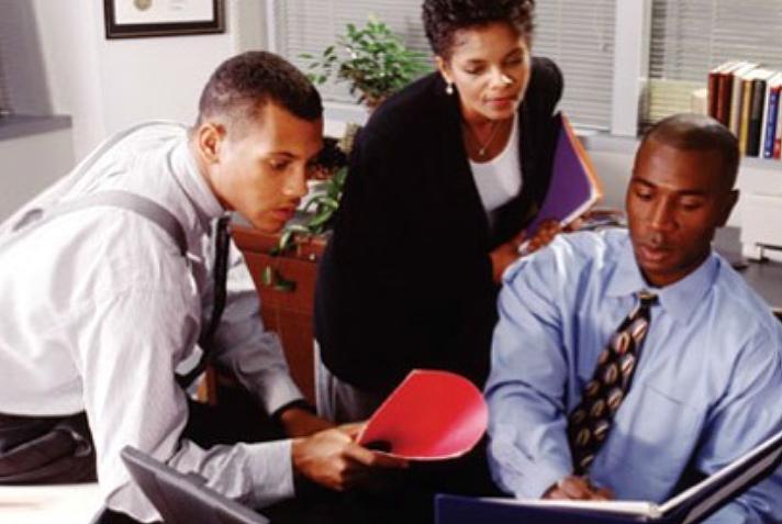 משפחות בעלות הון אישי רב    מידע נוסף