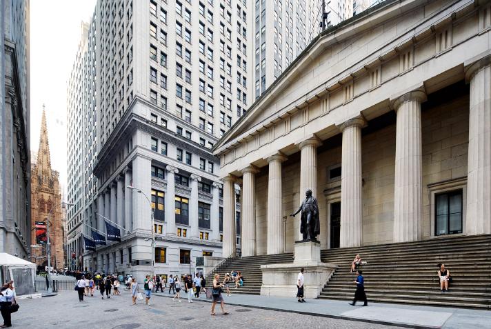 Compañías patrocinadas por el gobierno público Inversión CMBS basada en Wall Street/Firmas de Créditos    Conozca más