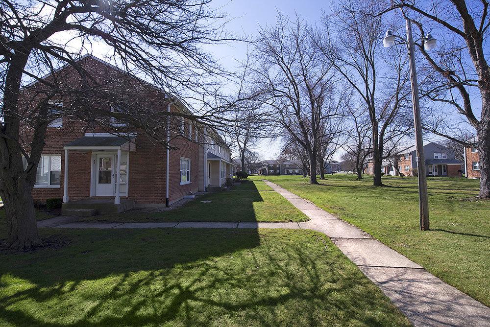 11 Fir Street משרד ניהול Park Forest, IL 60466 ---- טלפון: (708) 748-2000 פקס: (708) 503-0765