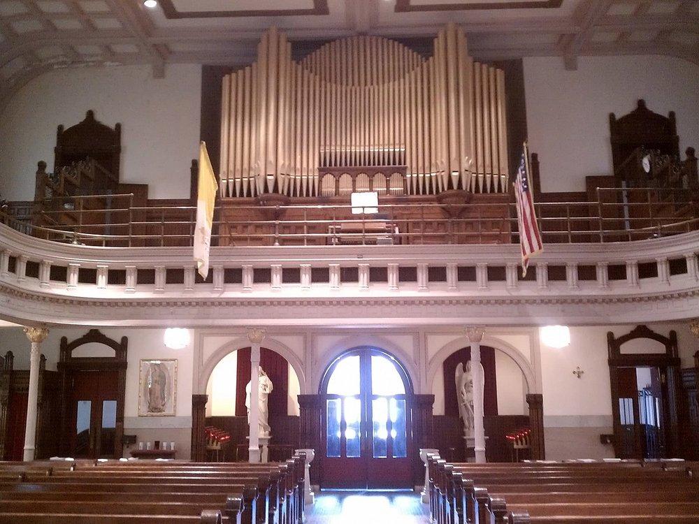 1200px-Organ_and_Choir_Loft.jpg