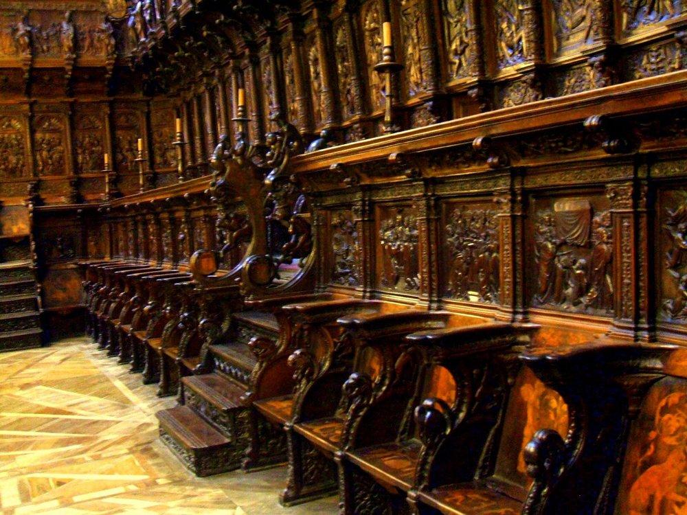 Burgos_-_Catedral_077_-_Coro.jpg