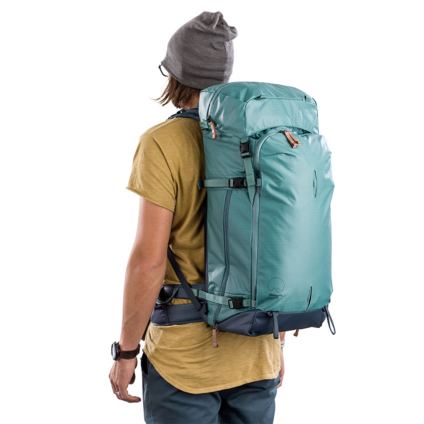 Features - • Height-Adjustable Harness• Side, rear, and top access.• Expandable floating lid• Instant access to phones, radios, water, food and other essentials• Multi-Configurable Front Panel• Convertible, multi-use tripod pouch• Extremely weather-resistant, resin-coated nylon shell• Waterproof Splashguard™ YKK® zippers