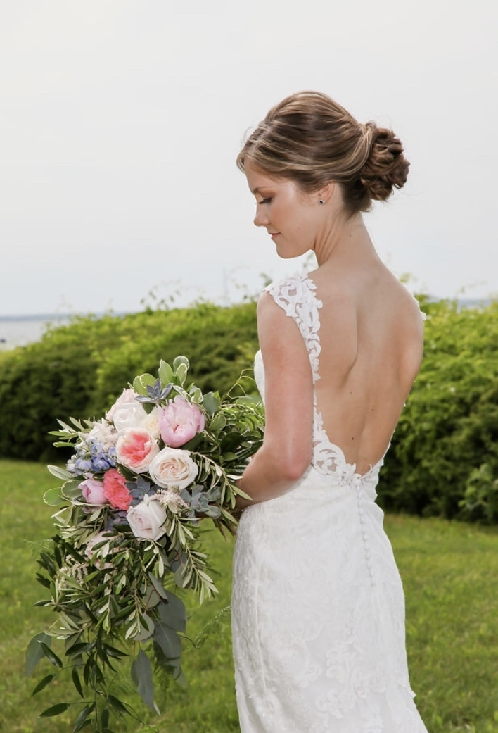 Cascading bouquet with lots of texture. Photo credit -Robert Huntley from Mobile Video and Photography, Hair- Shannon Kennedy from Artworx, Make-up by Brianna.