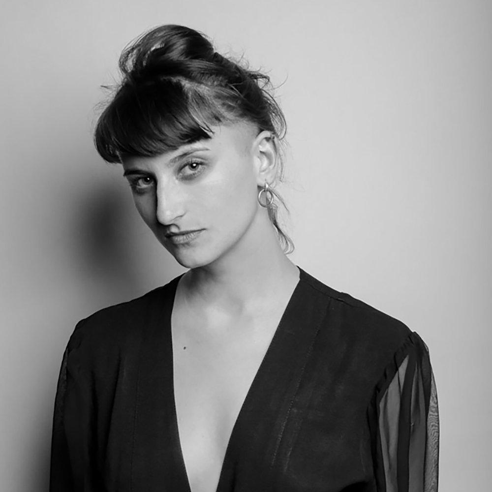 julie 'zil' vostalova -digital fashion designer
