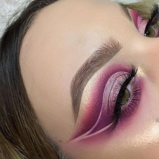 Such a beautiful look by @glambynadica 🌸 • She used the @bhcosmetics Blushed Neutrals Palette ❤️ • Users love this cruelty-free palette because the colors are super pigmented. Reviewers say that the shadows apply smoothly and last for a long time 😍 #candidbeauty #beauty #authentic #makeup #glowup #glow #happy #beautiful #amazing #cosmetic #highlighter #cute #happy #2018 #highlights #eyeshadow #girl #girls #eyelashes #mascara #lipstick #eyebrows #prettygirls #startup #productreview #officialcandidbeauty #blushedneutrals #bhcosmetics #pink