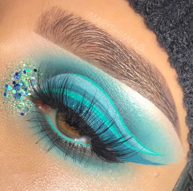 Shook!! 😱😍 SWIPE for details! ➡️ • Shoutout to the talented @maryshimkus for this stunning look! She used the @suvabeauty Hydra Liners in the shades Freezie and Sea Nymph 🐬🧜‍♀️ #candidbeauty #beauty #authentic #makeup #glowup #glow #happy #beautiful #amazing #cosmetic #highlighter #cute #happy #2018 #highlights #eyeshadow #girl #girls #eyelashes #mascara #lipstick #eyebrows #prettygirls #startup #productreview #officialcandidbeauty #suvabeauty #hydraliner #freezie #seanymph