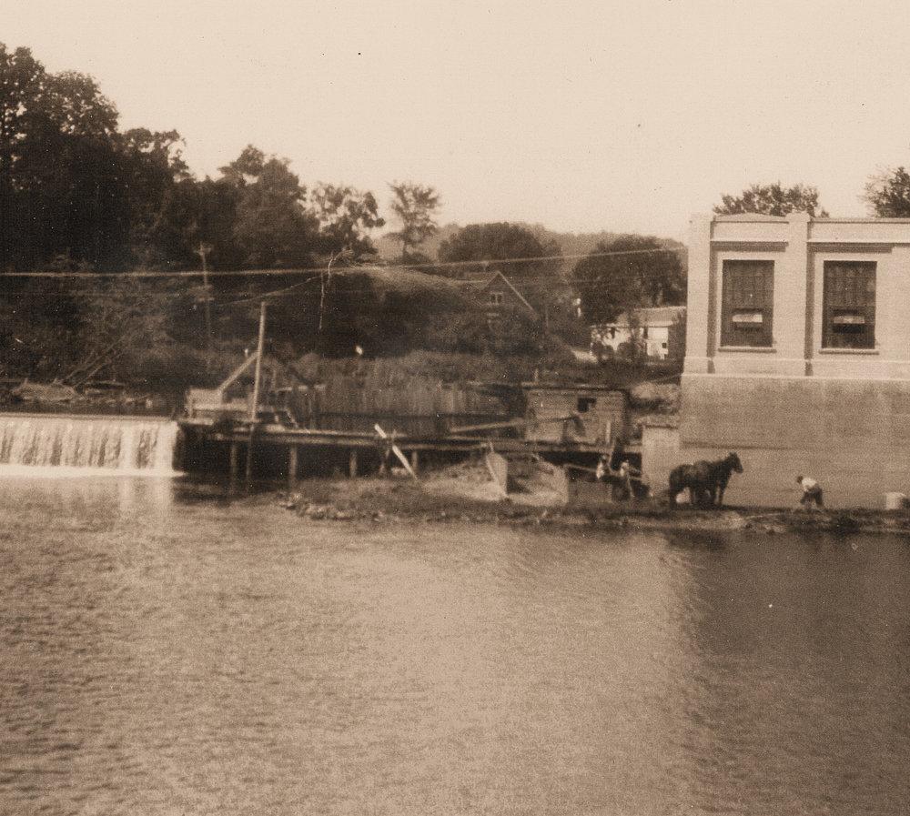 Glenville Dam UN1935.jpg