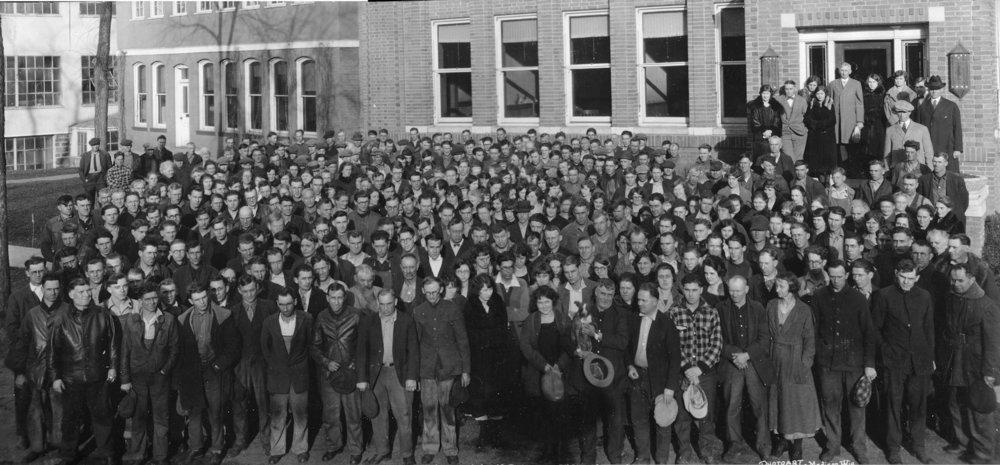 Woolen Mill Workers, 400-2004B.jpg