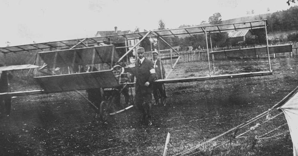 Nelson's Aeroplane at Baraboo Fairgrounds 1911