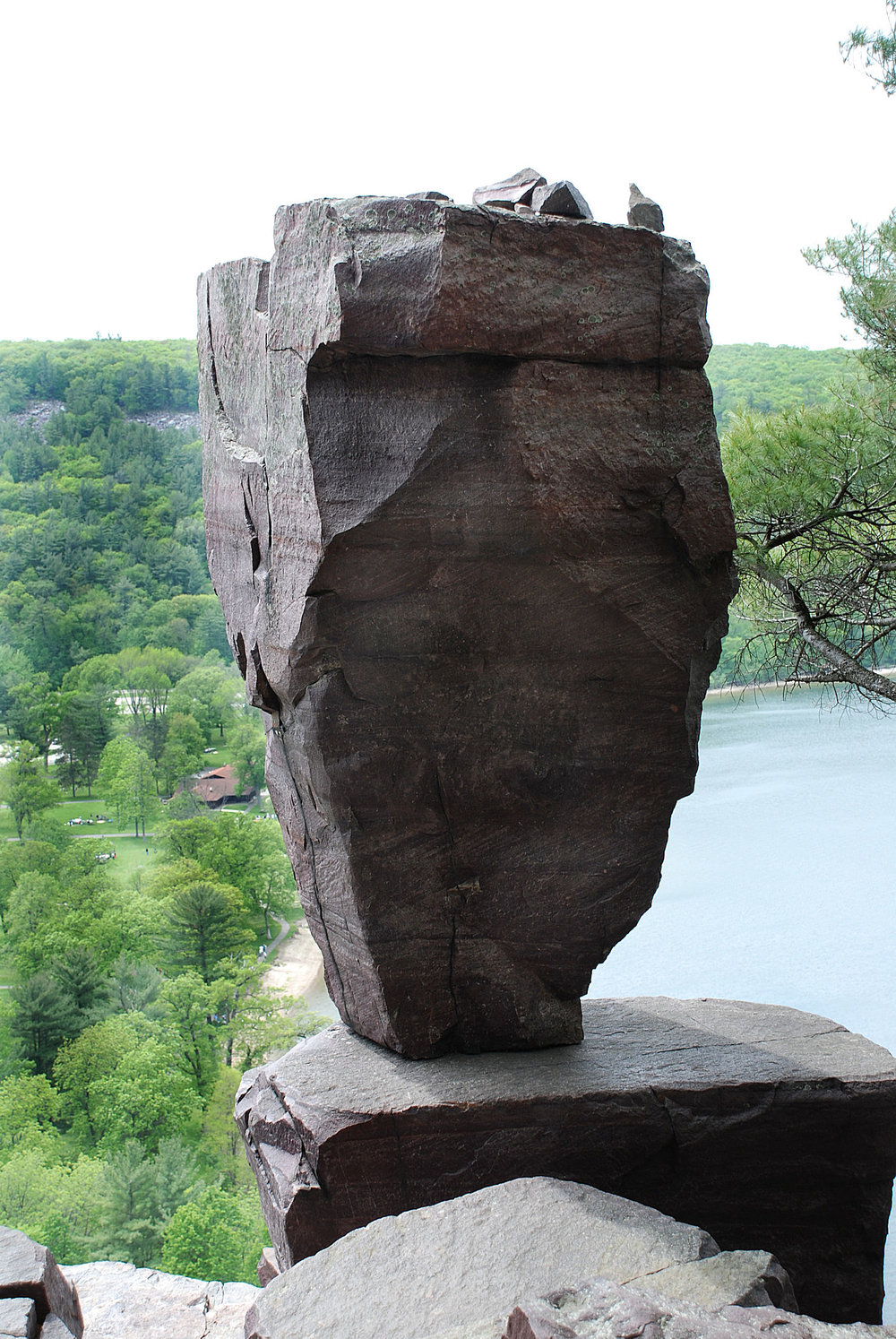 Balanced Rock 2.jpg