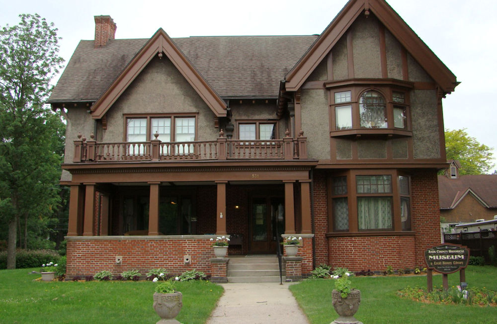 Mansion x.jpg