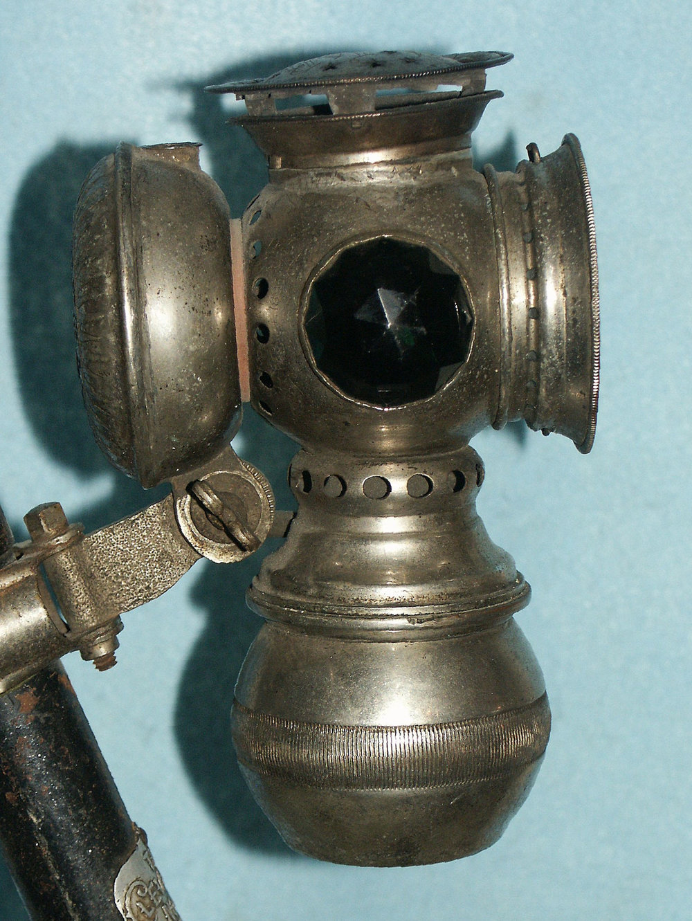 Carbide Bike Lamp.jpg